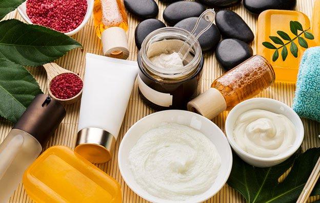 Misto de culturas e alta biodiversidade na produção de cosméticos